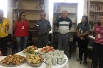 Colaboradores participam de café compartilhado
