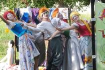 """""""As Mulheres de Molière"""" na praça do Liceu"""